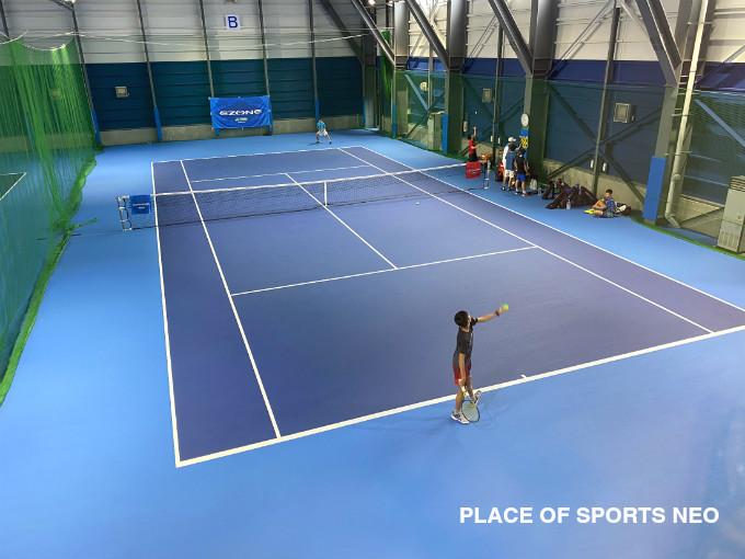 札幌レンタルテニスコート PLACEOFSPORTSNEO デコターフコート ジュニア練習