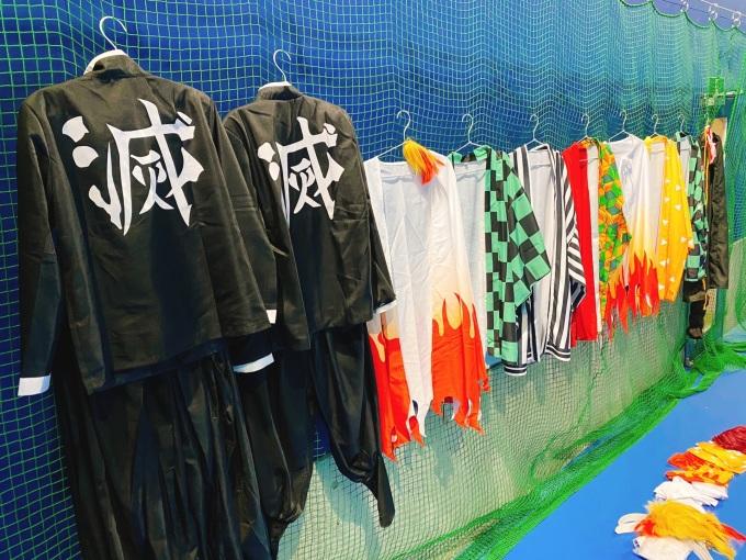 鬼滅の刃コスプレテニス 鬼滅の刃隊服 プレイスオブスポーツネオ 札幌レンタルテニスコート